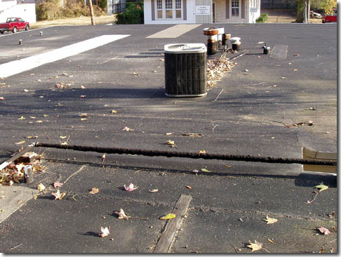 Awesome Before And After   Tar U0026 Gravel Roof